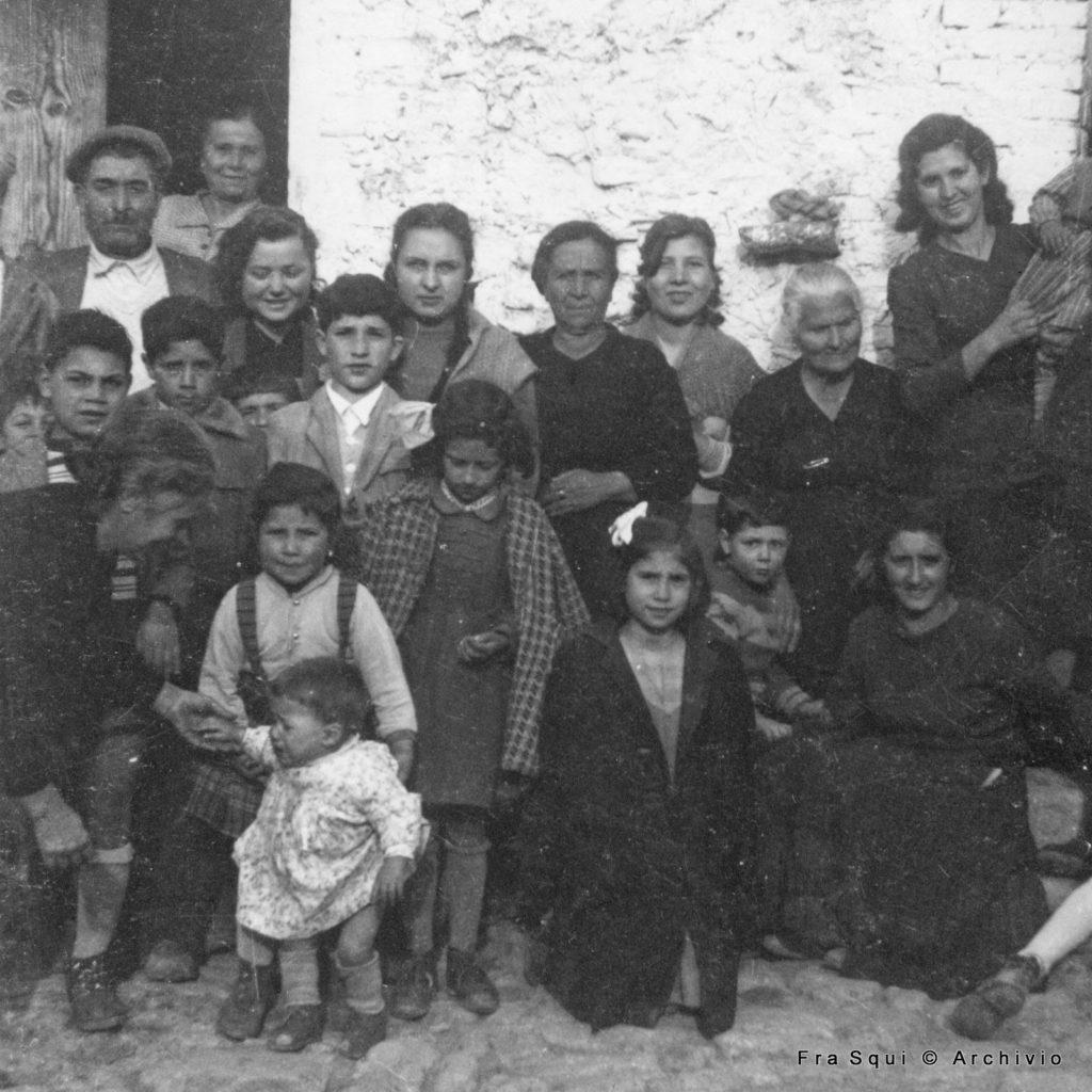 Foto di gruppo di fine anni 50 dell'archivio Don Peppino